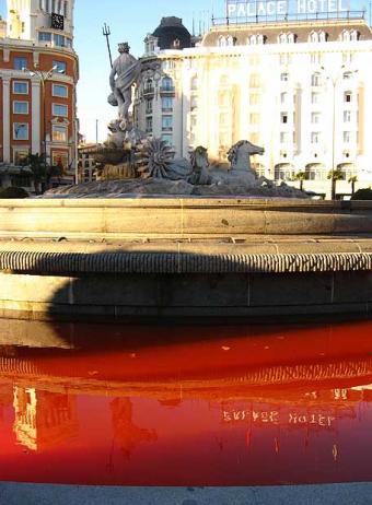 agua_roja.jpg