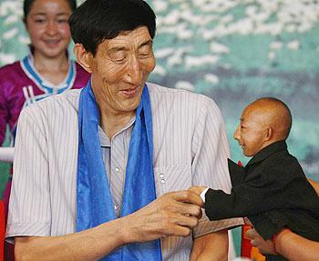 He Ping Ping y Bao Xishun juntos en una foto