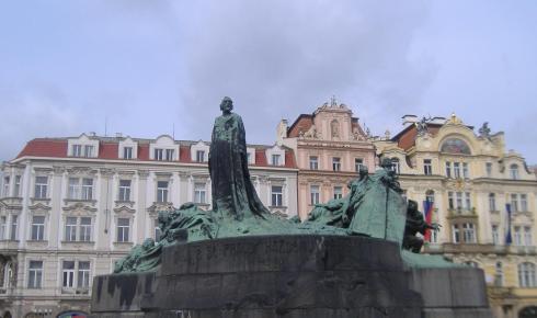 Escultura de Jan Hus